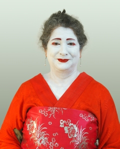 redkimono-leslie-copyright-lis-fields-2014web
