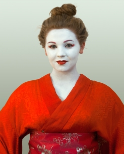 Red-Kimono-Milly-copyright-Lis-Fields-2015